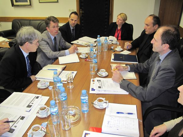 "Osnovan Upravni odbor projekta "" Potpora trajnim rješenjima Revidirane strategije za provedbu Aneksa VII Dejtonskog mirovnog sporazuma """